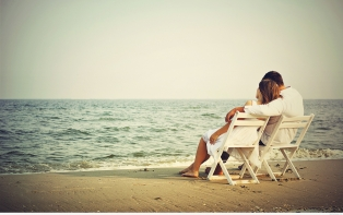 romance tips for couple to live happily their married life : experts giving some romantic tips for couple to live happily their married life and get full satisfaction in romance.